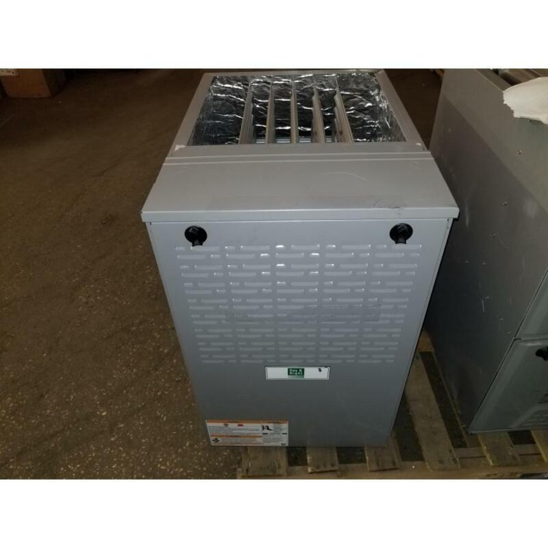 DAY AND NIGHT G8MTL1102122A1 110,000 BTU MULTI-POSITION 2-STAGE NAT GAS FURNACE