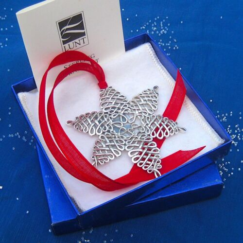 RARE • NEW • LUNT 2000 ANNUAL SNOWFLAKE Sterling Silver Christmas Ornament