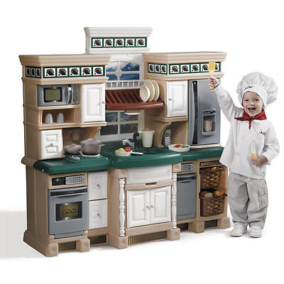 Step2 LifeStyle Deluxe Kitchen Set Toy Food Kids Pretend Play 38pc Accessory Set