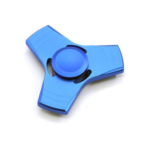 REGNO Unito Fidget Spinner Tri-Spinner EDC alluminio MANO DITA Spinner FOCUS GIOCATTOLI REGALO