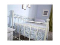 Single Daybed Excellent Condition Mattress Included