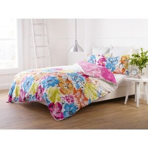 ESPRIT BRIGHT FLORAL BLOOM  QUEEN BED COTTON QUILT COVER SET RRP$169.95