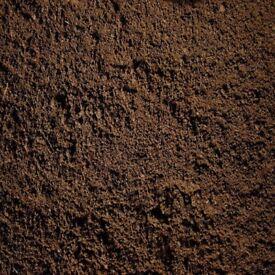 Topsoil Grade A Loose per Tonne or Bagged