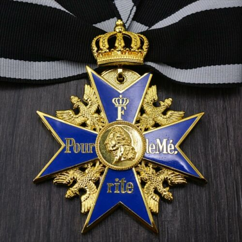 WWI Germany Blue Max Medal Prussia imperial crown badge