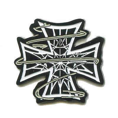 Kreuz mit Spinnennetz Gothic Oldschool Edel Metall Button Pin Anstecker 0508
