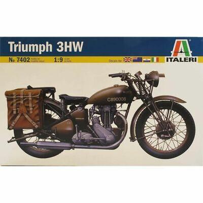 ITALERI 7402 Triumph Motorbike 1:9 Bike Model Kit