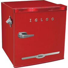 Igloo 1.6 cu ft Retro Compact Refrigerator with Side Bottle Opener - Red