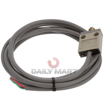 New In Box Omron D4c-6403 Limit Switch