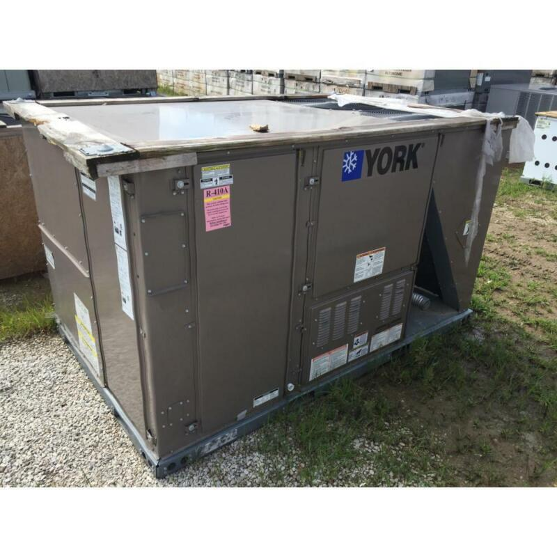 YORK ZF102N12D4A1AAA1A1 8-1/2 TON CONVERTIBLE ROOFTOP GAS/ELEC AC, 11.2 EER 80%