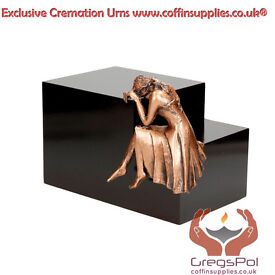 Protect the Memories of Your Loved Ones with Exclusive Cremation Urns
