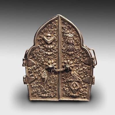 ANTIQUE GAO PRAYER BOX SILVER ASHTAMANGALA NEPAL TIBET BUDDHIST