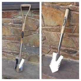 Spear & Jackson Stainless Steel Metal Detecting Spade, Shovel, Digging Tool (46#)