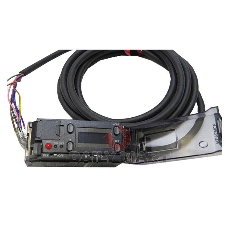 New In Box KEYENCE CZ-K1P Fiber Optic Sensor Amplifier