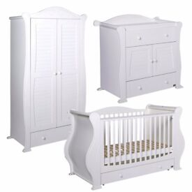 TUTTI BAMBINI MARIE SLEIGH CHILDREN'S NURSERY SET COST £1700.00 NEW HARDLY USED