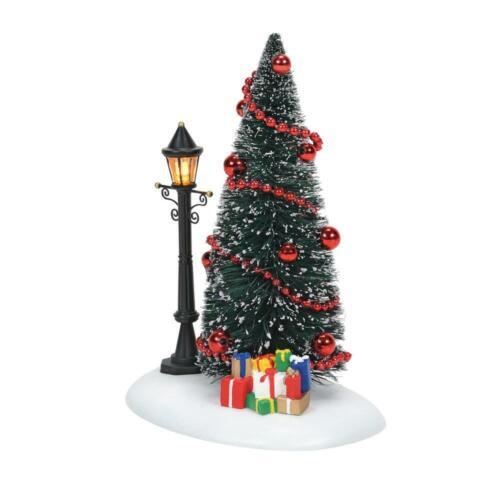 Dept 56 LIT CHRISTMAS VIGNETTE General Village 6007654 Department 56 NEW 2021
