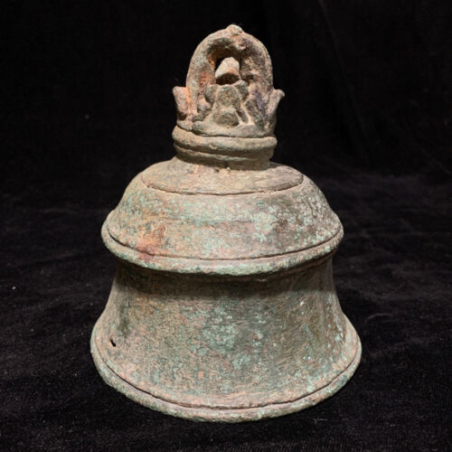 Rare Large ancient Khmer bronze bell 12th c