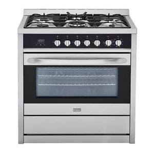 Haier 3.8 cu. ft. Gas Freestanding Range with Convection Oven in Stainless Steel HCR6250AGS