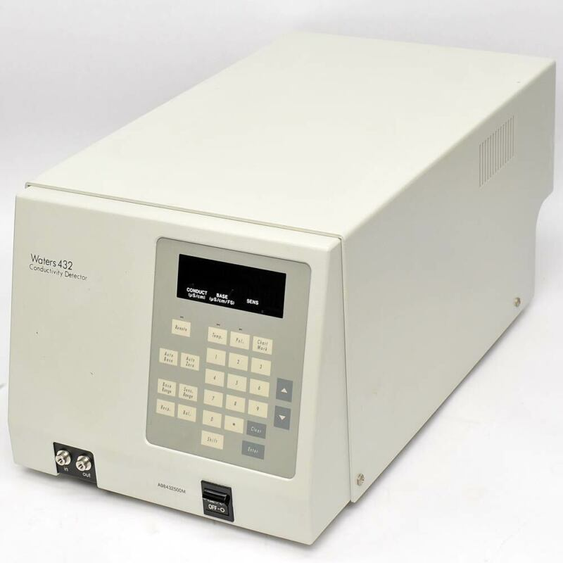 Waters 432 HPLC Conductivity Detector Powers On, AS-IS very dim display