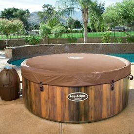 Lay-Z Spa Helsinki Inflatable Hot Tub (7 Person) - BRAND NEW - FREE DELIVERY