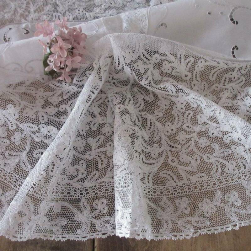 Incredible Antique Handmade LACE Linen TABLECLOTH 60x30