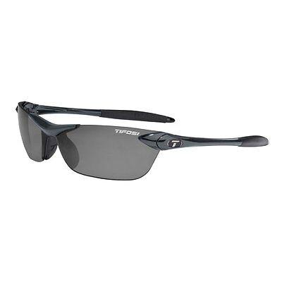 Tifosi Seek Sunglasses, Sports Eyewear, Polarized Smoke Lenses/Gunmetal (Tifosi Sport Sunglasses)