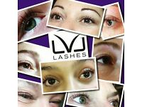 Eyelash extensions, lvl, kim lawless trained waxer, male waxing, Hollywood, spray tanning, shellac