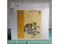 BabyDan BabyDen playpen/safety gate/room divider.