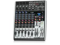Behringer X1204 Mixer