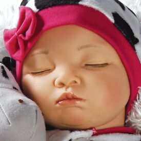 BNIB CERTIFICATED Paradise Galleries Weighted Reborn Baby Girl Doll RRP £90