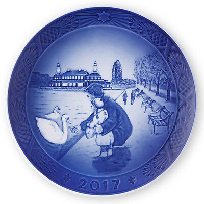 NEW IN BOX! 2017 Royal Copenhagen Christmas Plate Factory First Quality DENMARK