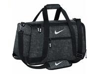 Brand New ! Original Nike Duffel Bag/ Sports/gym