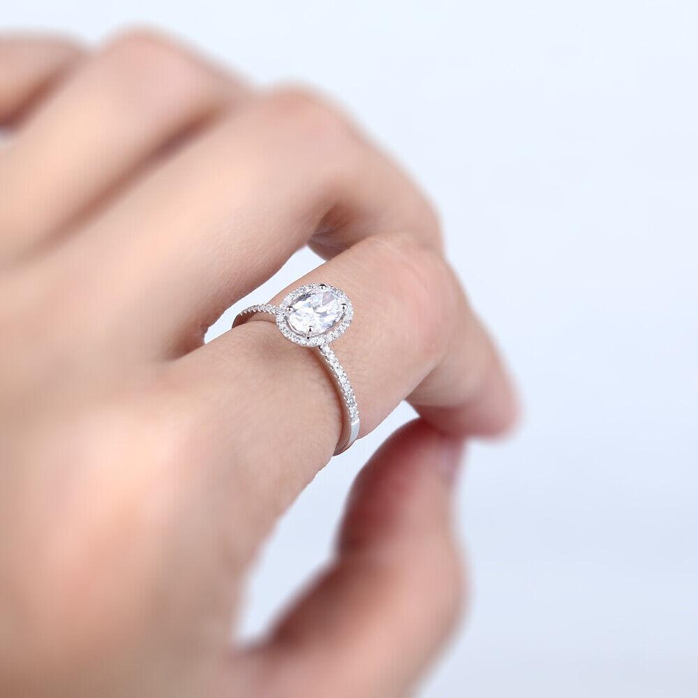 10K White Gold Oval Cut Cubic Zirconia Wedding Women\'s Fine Halo ...