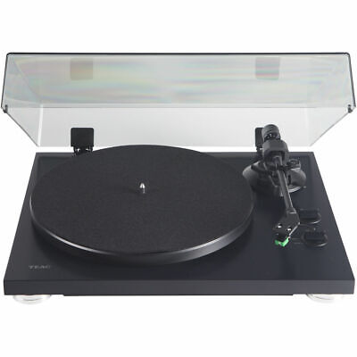 Teac 2-Speed Analog Belt-Drive Turntable with USB Digital Output Matte Black -