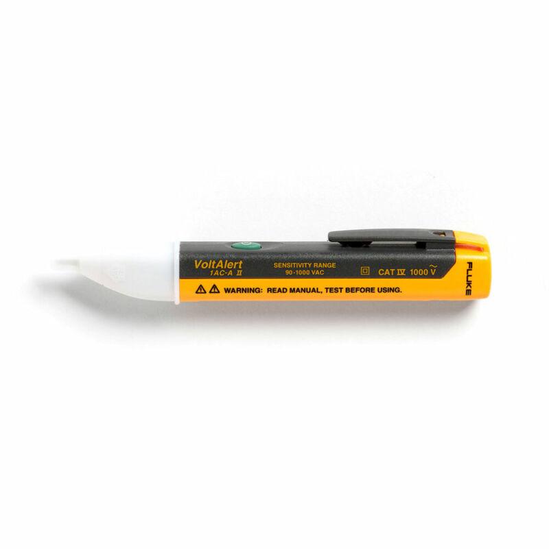 Fluke VoltAlert Pocket-Sized Voltage Detector 1AC-A1-II