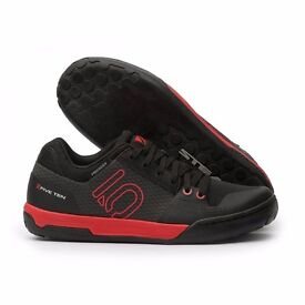 FIVE TEN FREERIDER CONTACT FLAT Moutain bike shoes: BLACK / RED. UK 7.0. Brand new, still in box