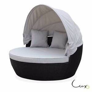 Luxo Erith PE Wicker Outdoor Furniture Day Bed - Black Seven Hills Blacktown Area Preview