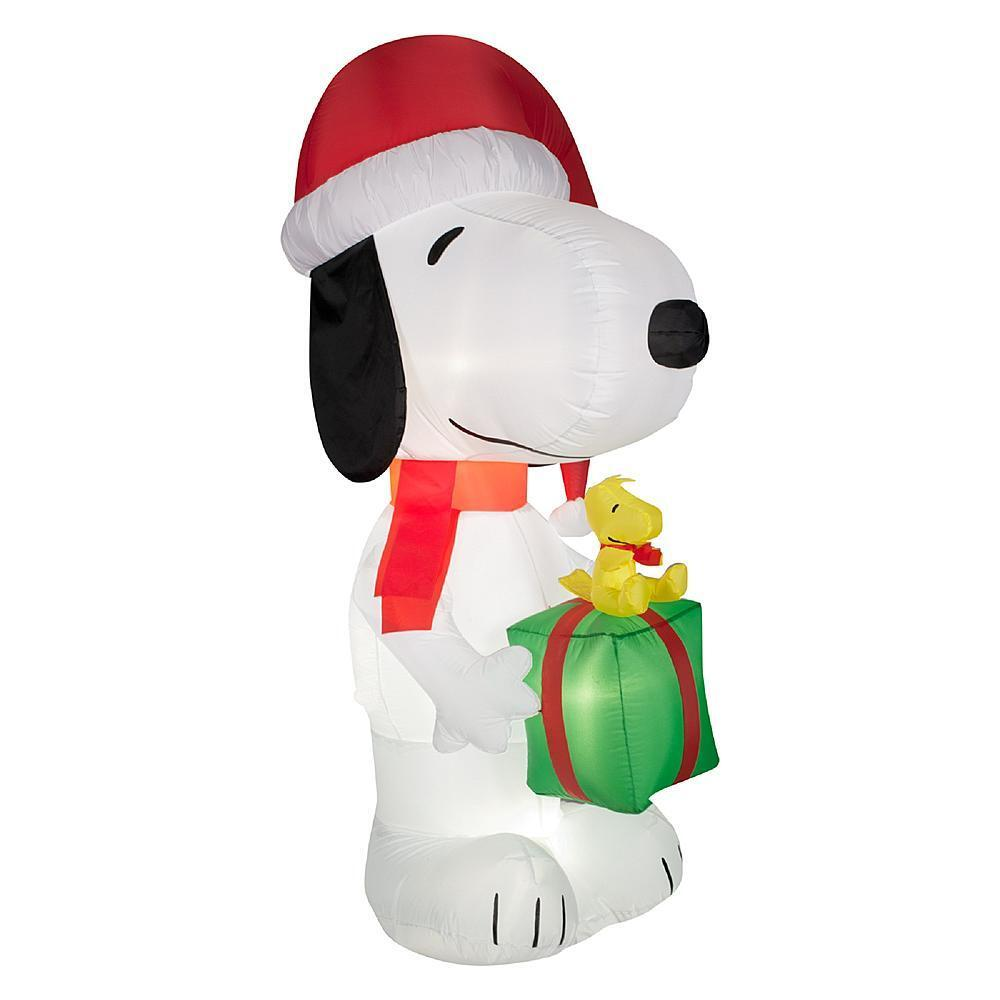 5.5' Tall Snoopy Woodstock Peanuts Christmas Airblown Inflatable Decor Gemmy