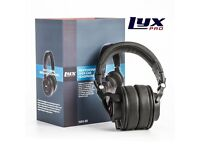 LyxPro HAS-30 Professional Over-Ear Studio Monitor Headphones with Detachable Cable (Christmas)