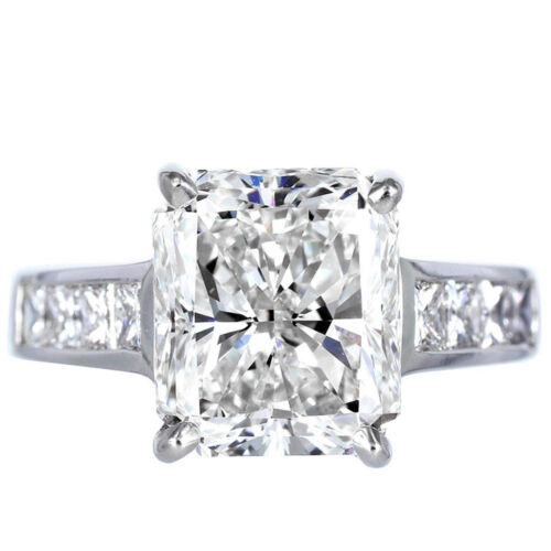 2.20 Carat Radiant & Princess Cut Diamond Engagement Ring GIA Certified 18k Gold