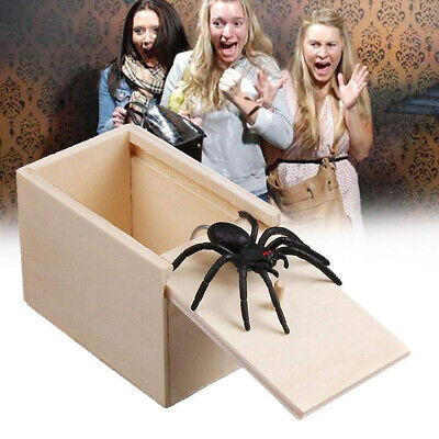 Wooden Prank Jump-Up Spider Box Toy Horror Scare Joke for April Fools Day Spoof](Halloween Jump Scare Prank)