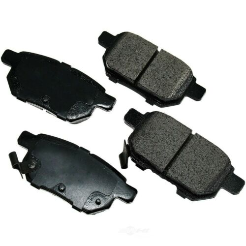 FWD F /& R Pontiac Vibe Shoes 2 Sets Fits Toyota Matrix CERAMIC Brake Pads