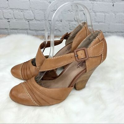 Seychelles Tan Leather Wedge Mary Janes Size 6