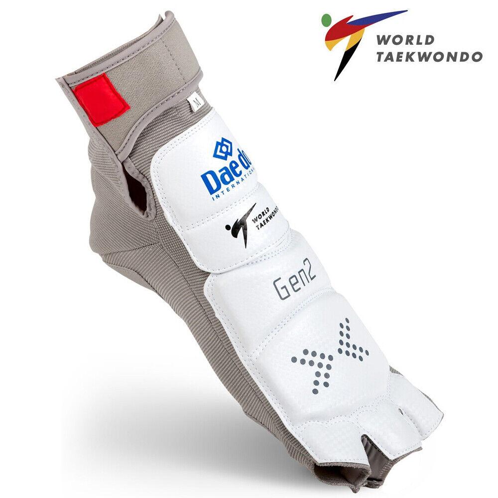 как выглядит DAEDO Taekwondo WTF Electronic Foot Socks/Foot protector/GEN2 фото
