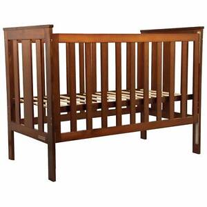 Balmoral Convertible Cot Bed + Heaps of Free Bedding North Lakes Pine Rivers Area Preview