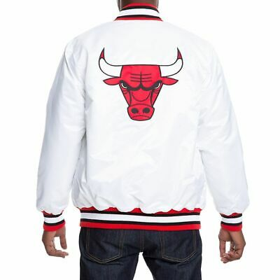 RARE🔥 Starter  black label Chicago Bulls WHITE/RED  Jacket size M/M/M