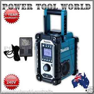 MAKITA-18V-Job-Site-AM-FM-Radio-Stereo-BMR102-ipod-jack