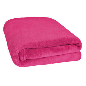 Couverture douillette plaid dormir 150 x 200 cm rose for Canape 150 x 200