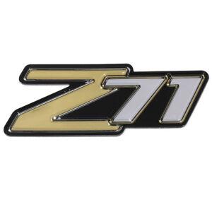 OEM NEW Rear Liftgate or Side Panel Z71 Emblem 2000-2006 Suburban Tahoe 15051184