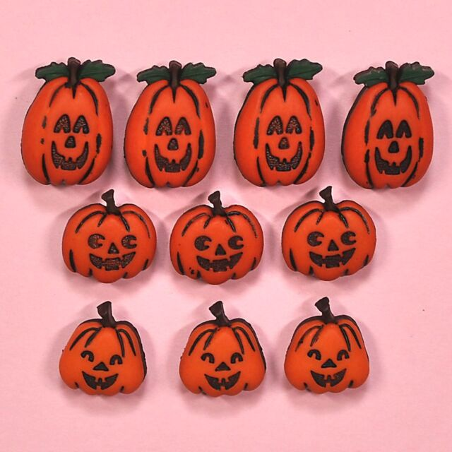 Dress It Up Buttons Jack O' Lanterns Halloween Collection  - Witches Pumpkins