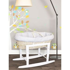 Wicker bassinet with stand
